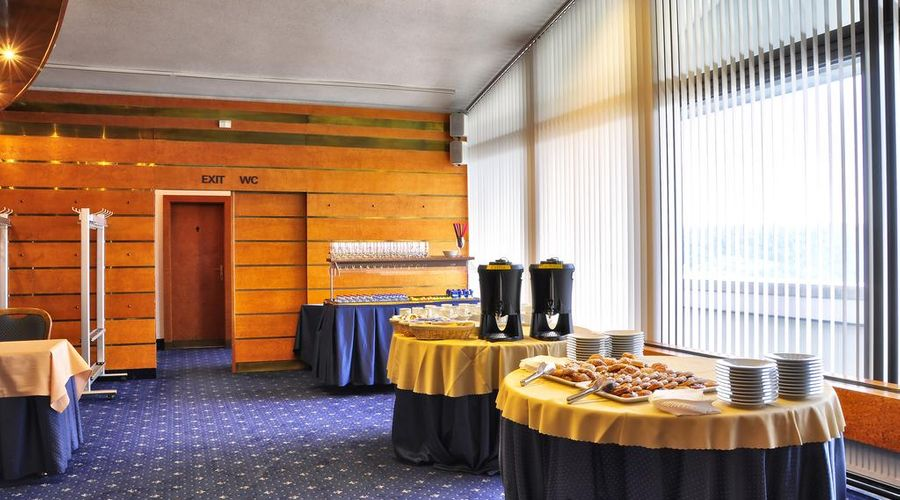 Hotel Olympik-15 of 44 photos