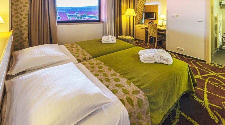 Iris Hotel Eden-18 of 45 photos