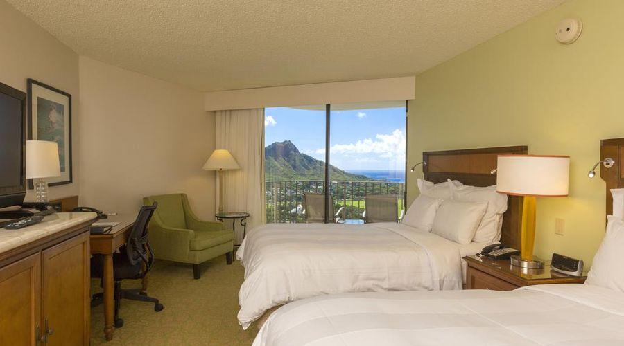 Waikiki Beach Marriott Resort & Spa-6 of 36 photos