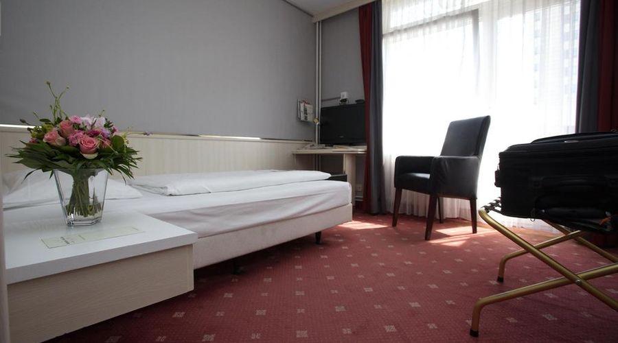 Berlin Plaza Hotel am Kurfürstendamm-8 of 46 photos