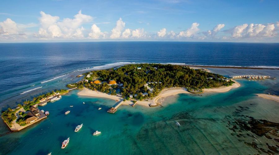 Holiday Inn Resort Kandooma Maldives-1 of 46 photos