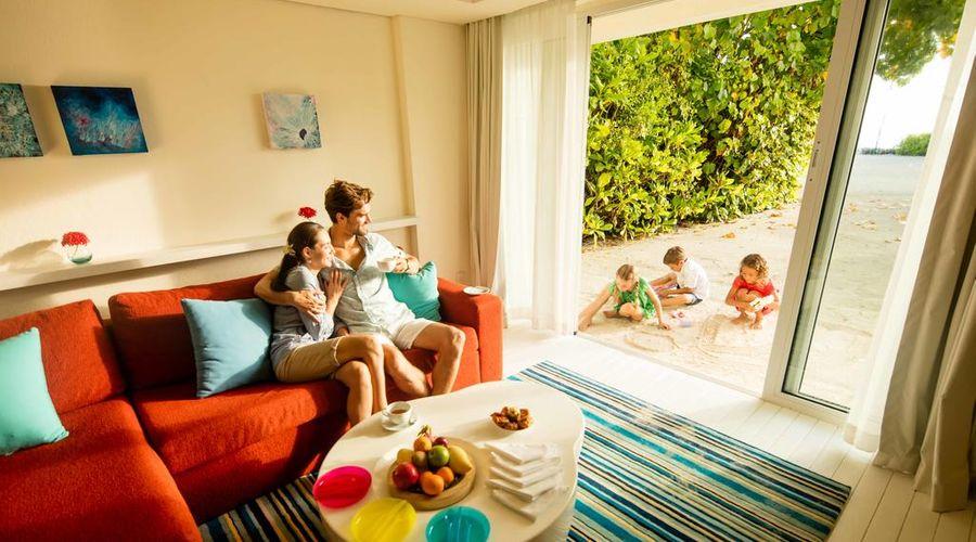 Holiday Inn Resort Kandooma Maldives-12 of 46 photos