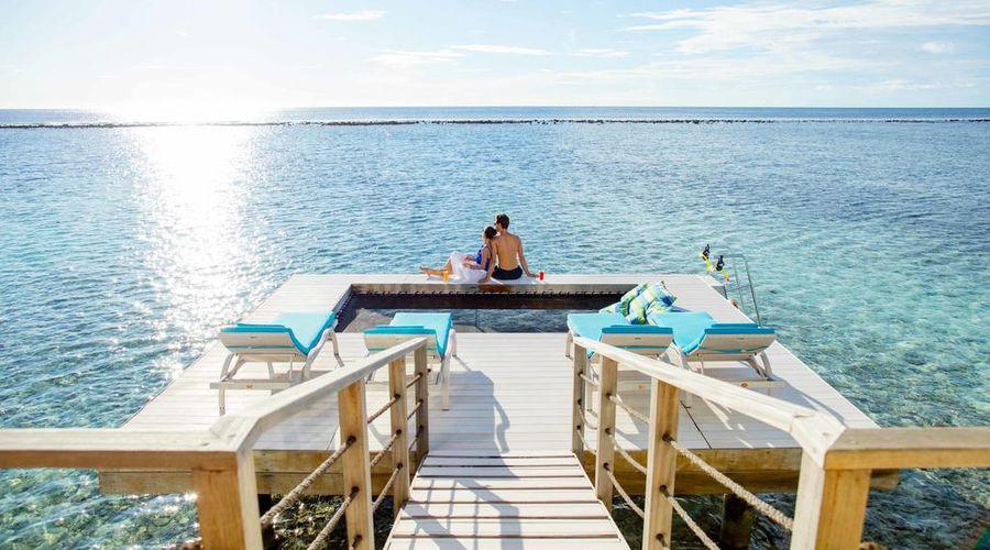 Holiday Inn Resort Kandooma Maldives-25 of 46 photos