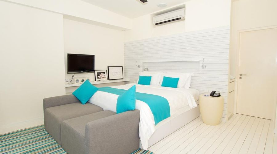 Holiday Inn Resort Kandooma Maldives-34 of 46 photos
