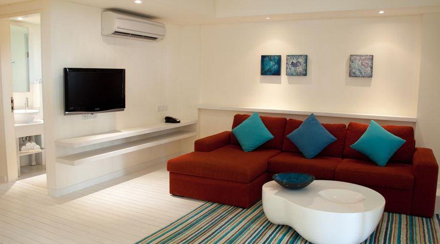 Holiday Inn Resort Kandooma Maldives-36 of 46 photos