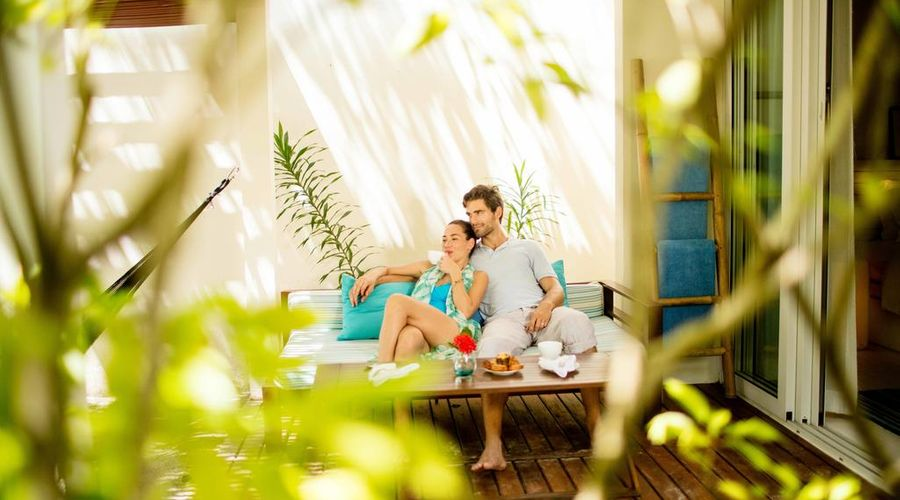 Holiday Inn Resort Kandooma Maldives-6 of 46 photos