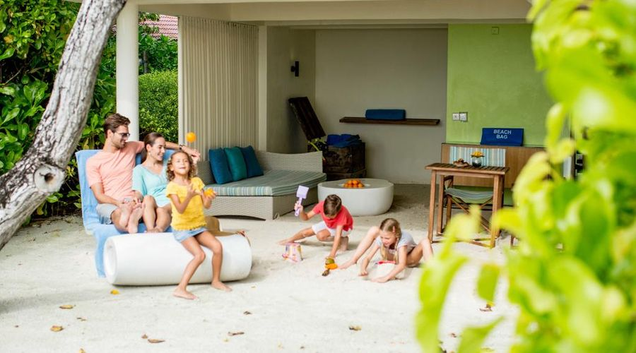 Holiday Inn Resort Kandooma Maldives-7 of 46 photos