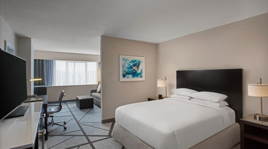 DoubleTree by Hilton Los Angeles - Norwalk-9 of 36 photos