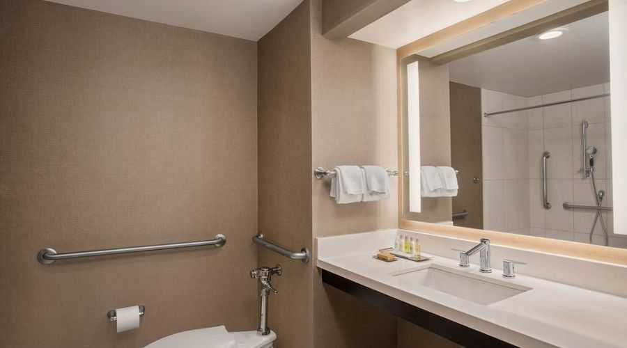 DoubleTree by Hilton Los Angeles - Norwalk-10 of 36 photos