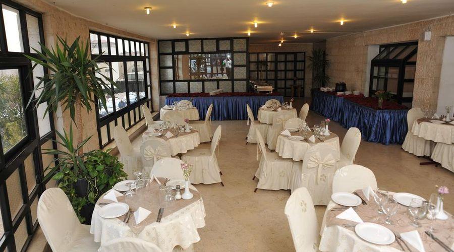 Liwan Hotel-8 of 31 photos
