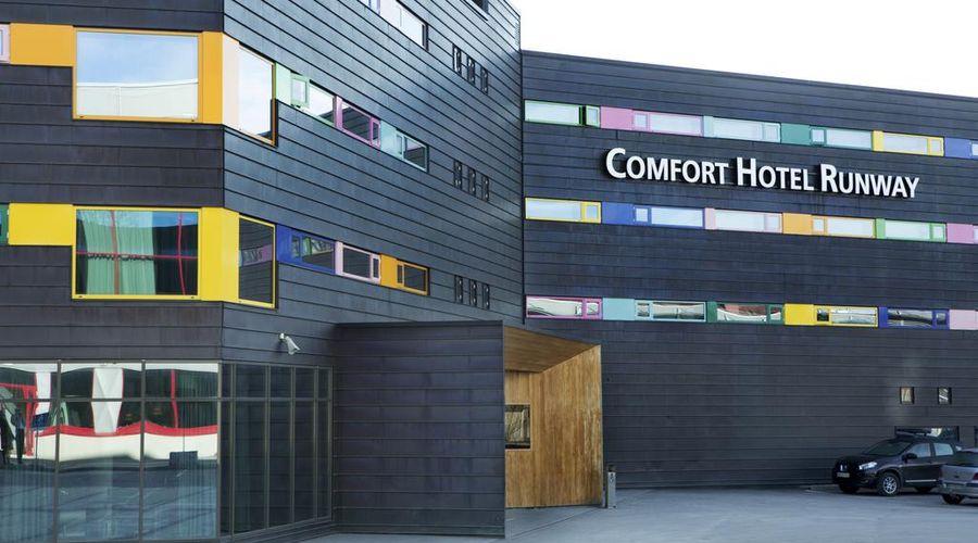 Comfort Hotel RunWay-1 of 31 photos