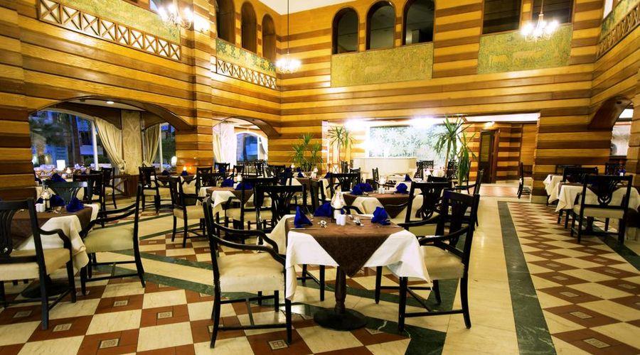 Cataract Pyramids Resort-39 of 43 photos