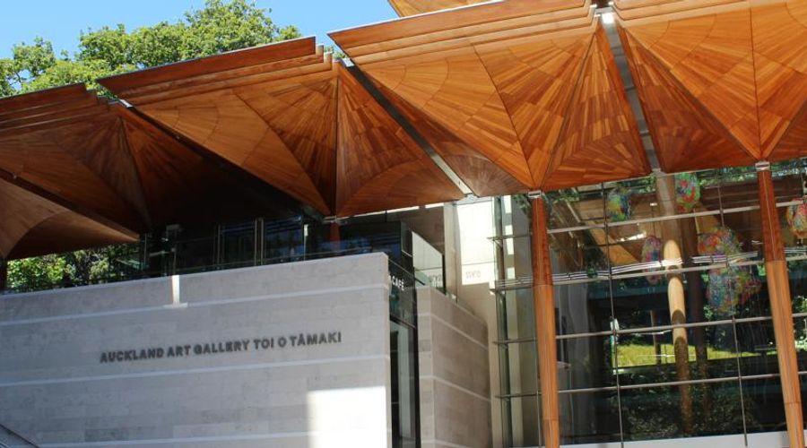 Crowne Plaza Auckland-41 of 44 photos