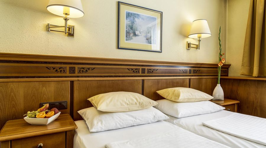 Hotel Mondschein-4 of 50 photos