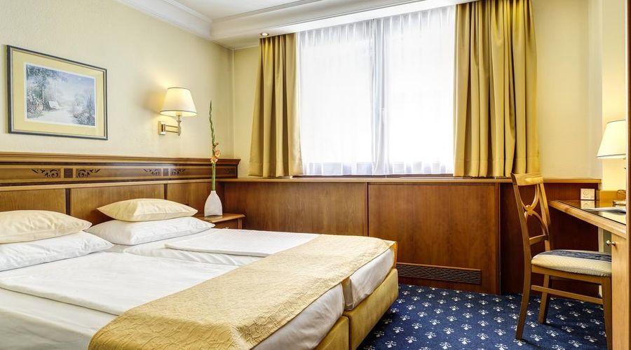Hotel Mondschein-5 of 50 photos