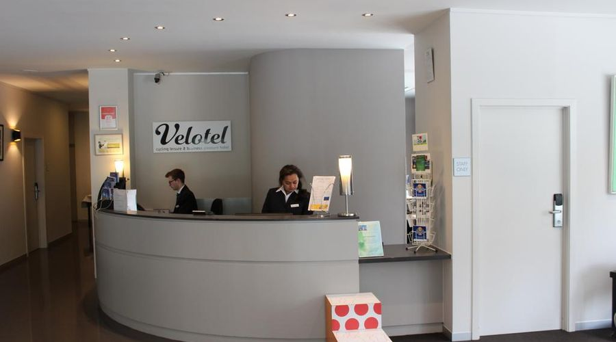 Velotel Brugge-36 of 47 photos