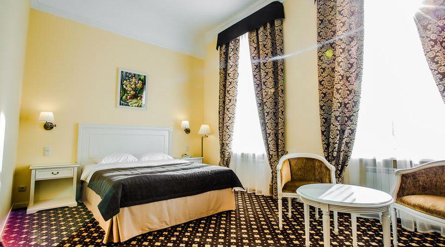 Hotel Volgograd-15 of 47 photos