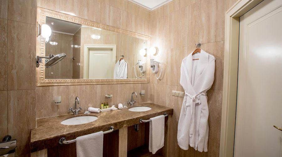 Hotel Volgograd-18 of 47 photos