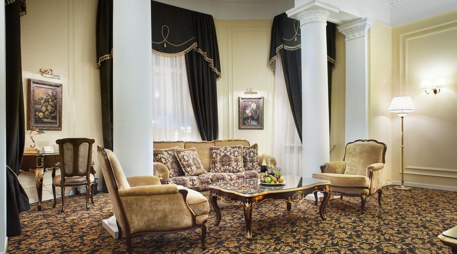Hotel Volgograd-6 of 47 photos