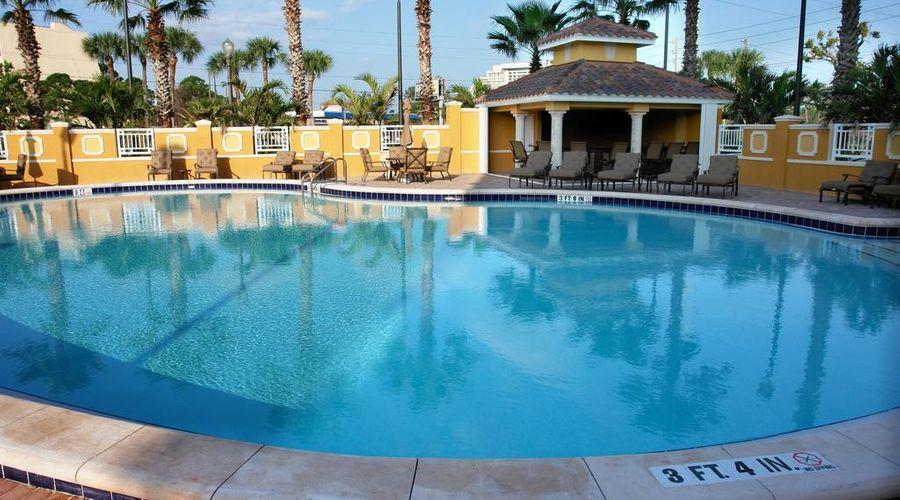 Radisson Hotel Orlando-Lake Buena Vista-19 of 30 photos