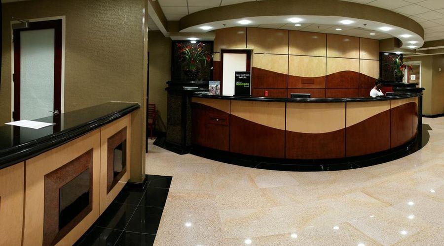 Radisson Hotel Orlando-Lake Buena Vista-23 of 30 photos