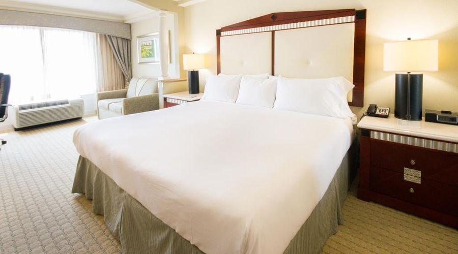 Radisson Hotel Orlando-Lake Buena Vista-8 of 30 photos