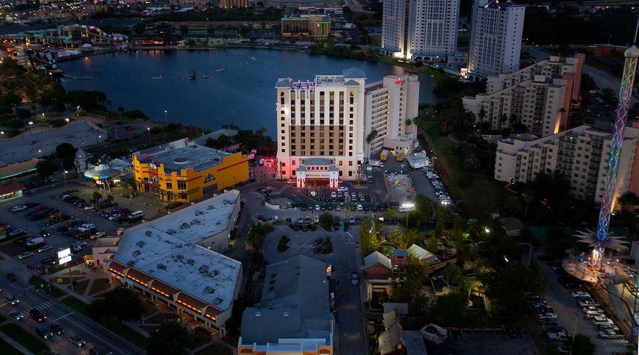 Ramada Plaza by Wyndham Orlando Resort Near Universal -12 of 30 photos