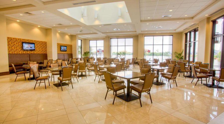 Ramada Plaza by Wyndham Orlando Resort Near Universal -6 of 30 photos