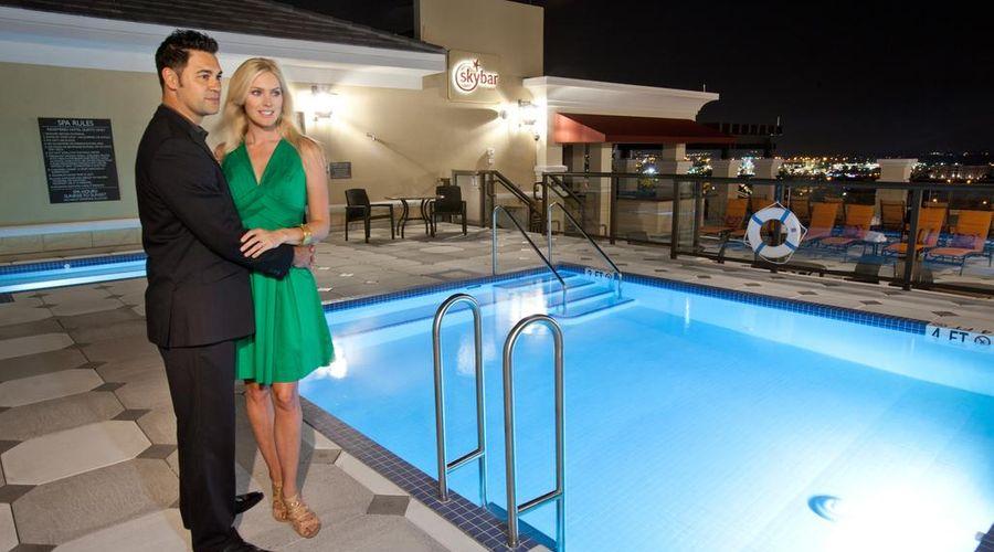 Ramada Plaza by Wyndham Orlando Resort Near Universal-9 of 30 photos