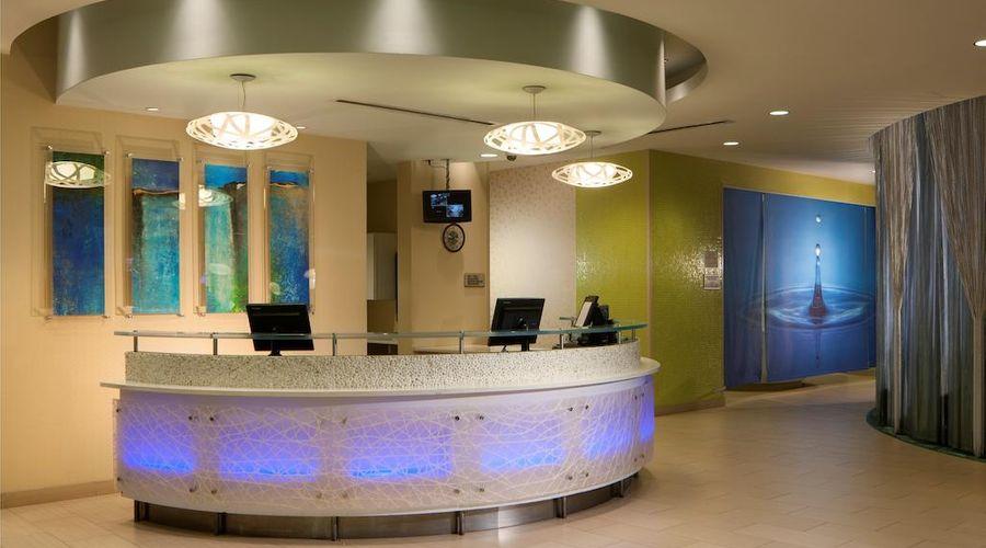 Fairfield Inn & Suites by Marriott Orlando at SeaWorld-7 of 29 photos