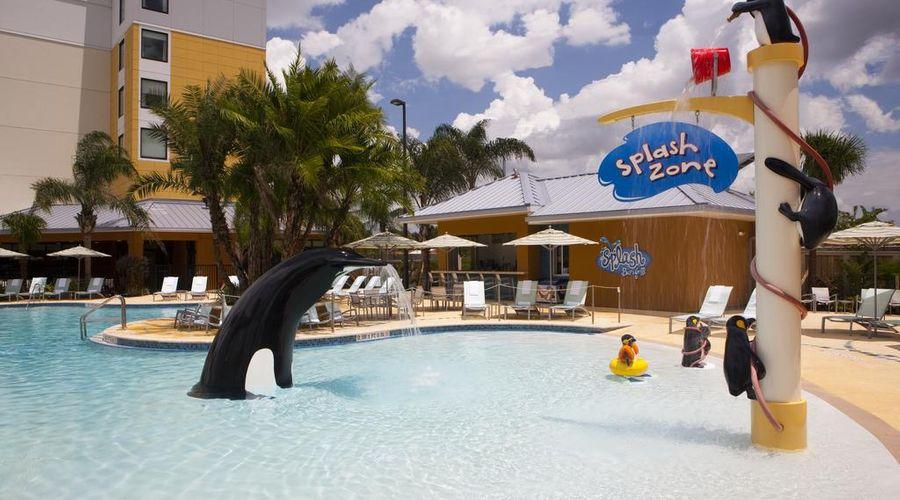 Fairfield Inn & Suites by Marriott Orlando at SeaWorld-20 of 29 photos