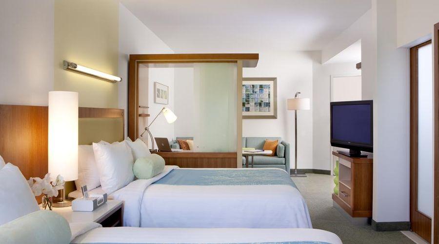 Fairfield Inn & Suites by Marriott Orlando at SeaWorld-28 of 29 photos
