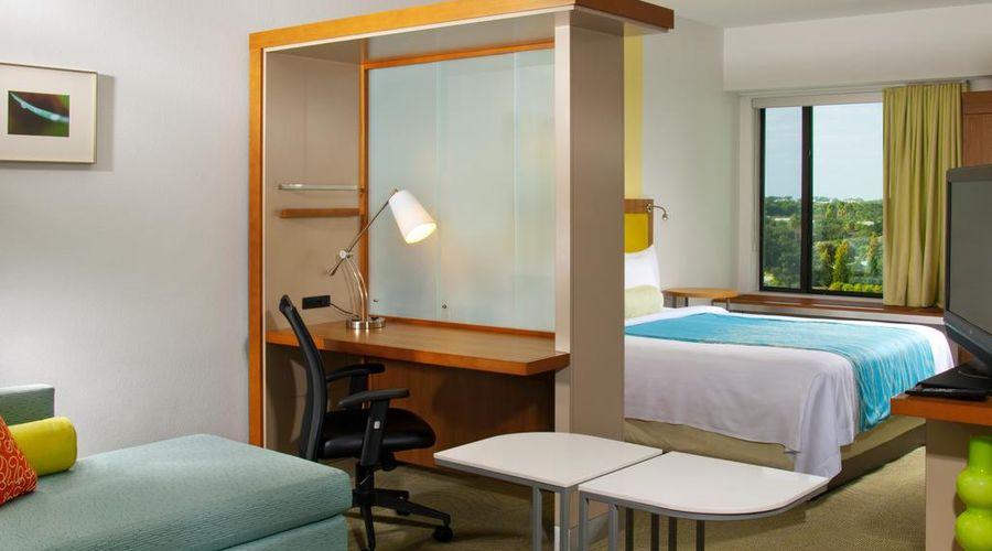 Fairfield Inn & Suites by Marriott Orlando at SeaWorld-4 of 29 photos
