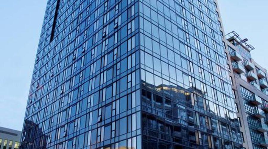 Residence Inn Toronto Downtown / Entertainment District-1 of 34 photos