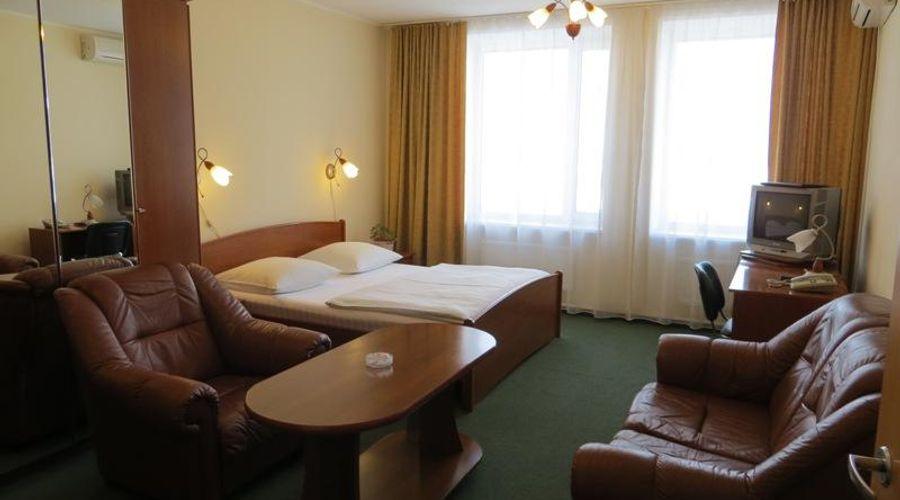 Korona Hotel-6 of 24 photos