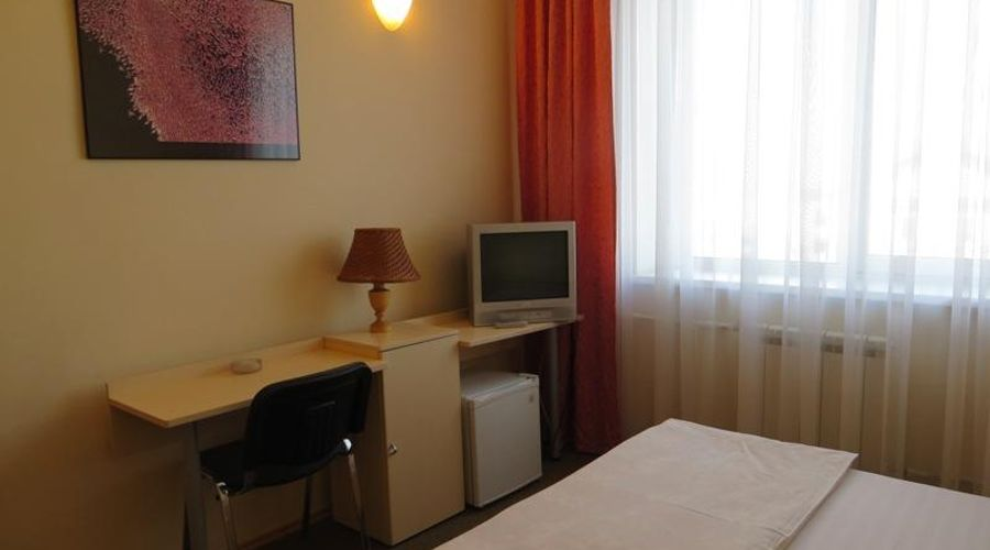 Korona Hotel-8 of 24 photos