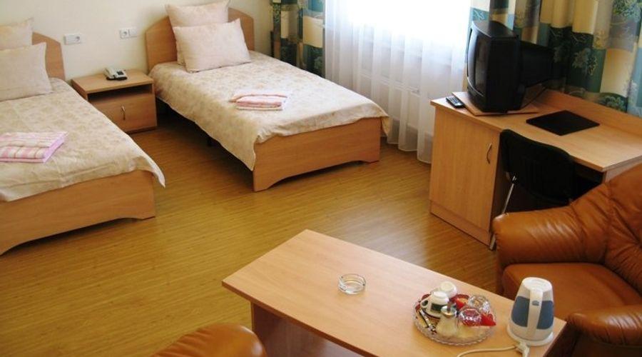 Korona Hotel-2 of 24 photos