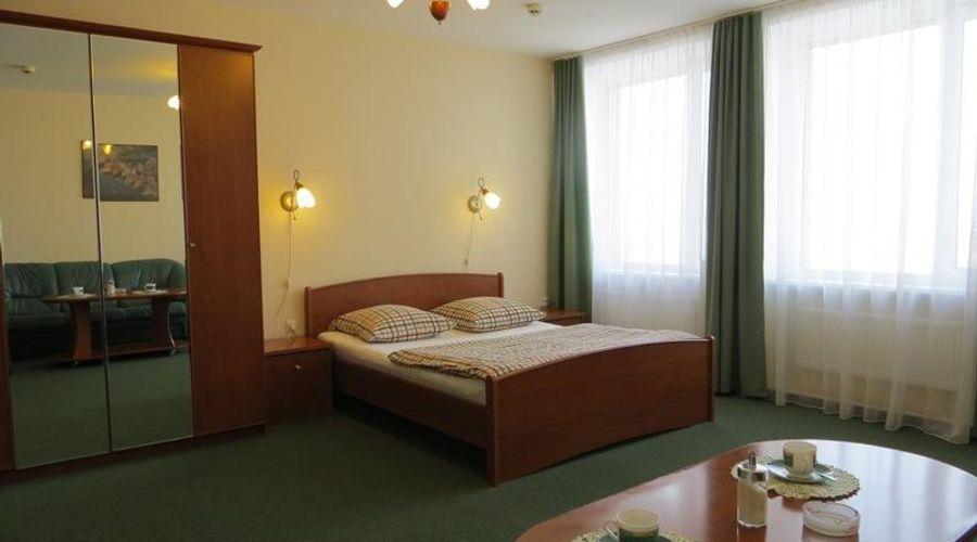 Korona Hotel-5 of 24 photos