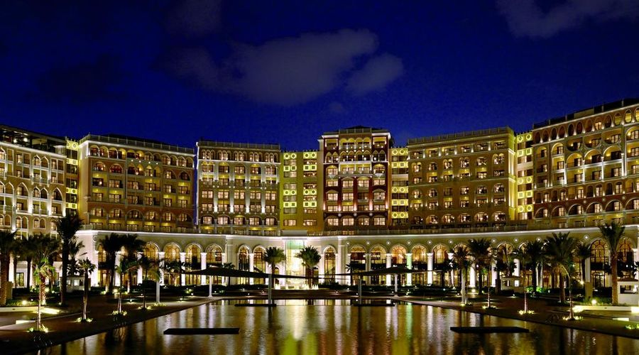 The Ritz-Carlton Abu Dhabi, Grand Canal-1 of 42 photos