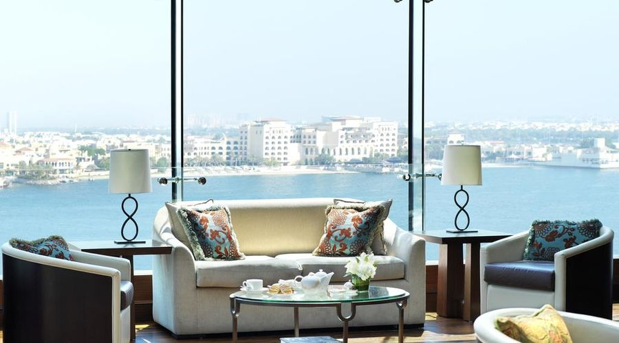 The Ritz-Carlton Abu Dhabi, Grand Canal-17 of 42 photos
