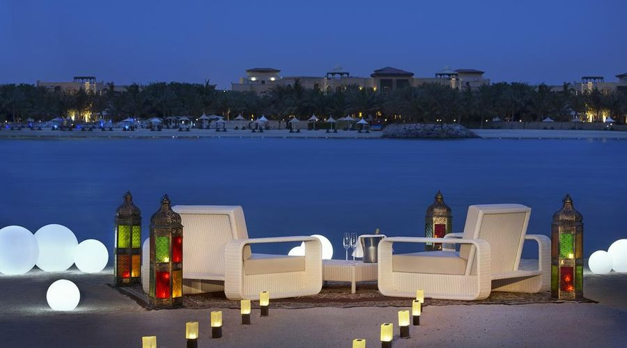 The Ritz-Carlton Abu Dhabi, Grand Canal-25 of 42 photos