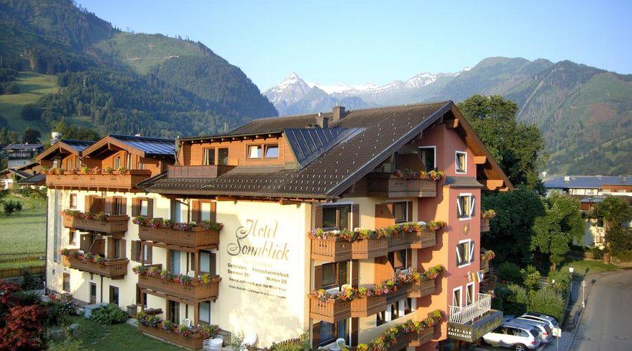 Hotel Sonnblick-1 of 37 photos