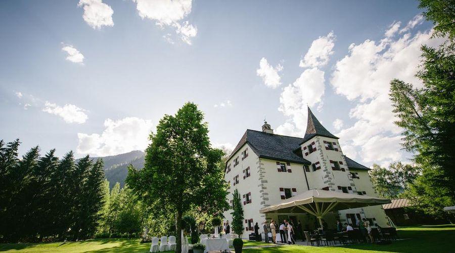 Schloss Prielau-6 of 44 photos