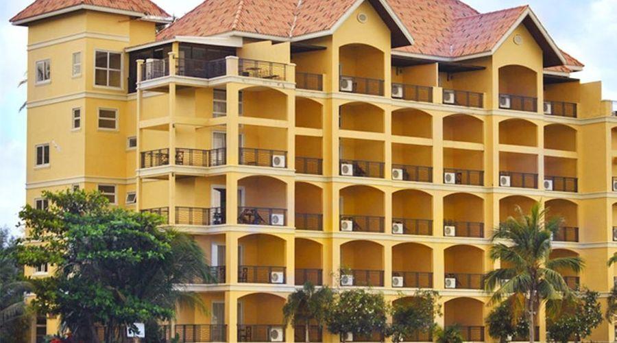 Club Balai Isabel-1 of 44 photos