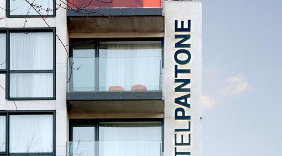 The Pantone Hotel-3 of 26 photos