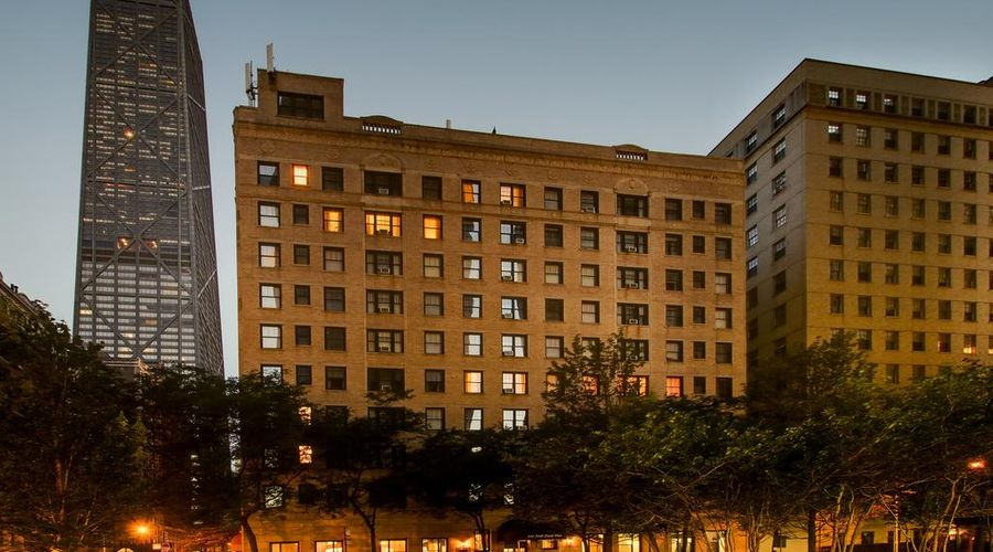 Dewitt Hotel and Suites-1 of 41 photos