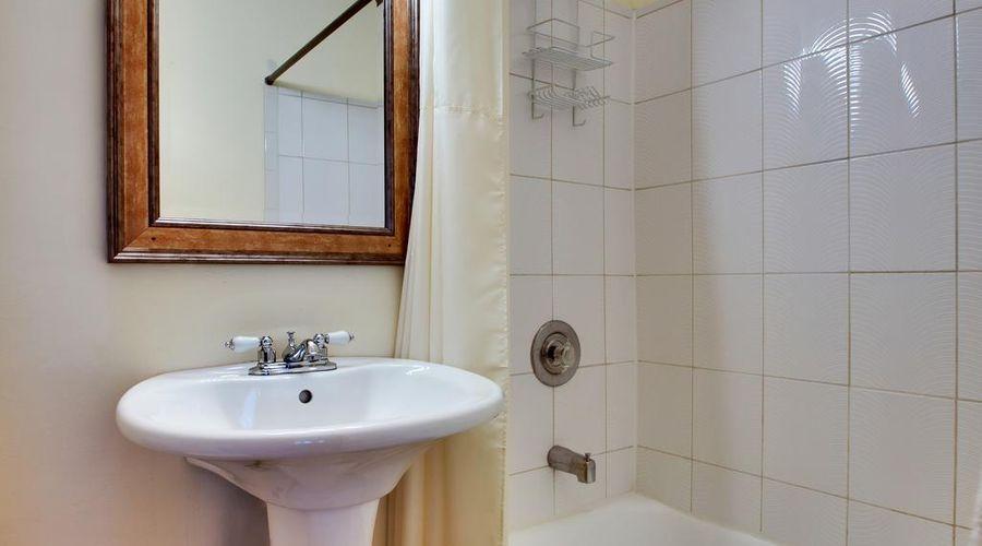 Dewitt Hotel and Suites-25 of 41 photos