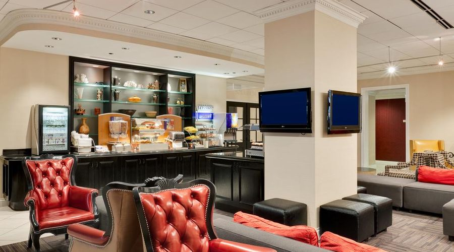 Holiday Inn Express Chicago-Magnificent Mile-31 of 40 photos
