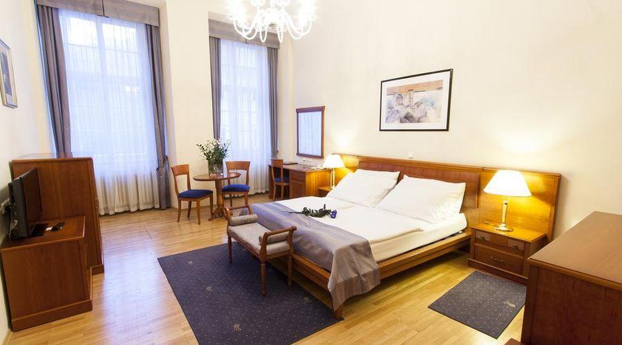 Hotel Modrá Růže-8 of 46 photos