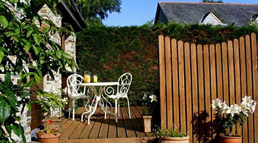 Lobhill Farmhouse-17 of 26 photos